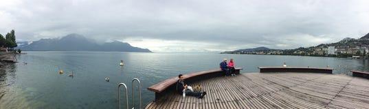 Panorama de lac geneva en Suisse Images libres de droits