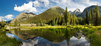 Panorama de lac mountain du Colorado Images stock