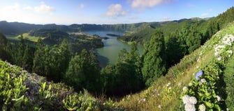 Panorama de lacs Sete Cidades Photographie stock libre de droits