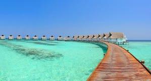 Panorama de las casas de planta baja de Maldives Fotografía de archivo libre de regalías