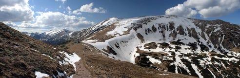 Panorama de las montañas imágenes de archivo libres de regalías