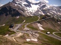 Panorama de las montañas de Austria del alto camino alpino de Grossglockner imagen de archivo libre de regalías