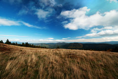 Panorama de las montañas de Beskidy, Polonia Foto de archivo libre de regalías