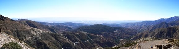 Panorama de las montañas de Marruecos Imagenes de archivo
