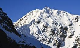Panorama de las montañas del invierno imágenes de archivo libres de regalías