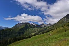 Panorama de las montañas en Austria Fotografía de archivo libre de regalías