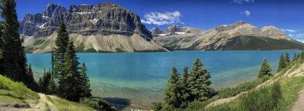 Panorama de las montañas rocosas Fotos de archivo libres de regalías