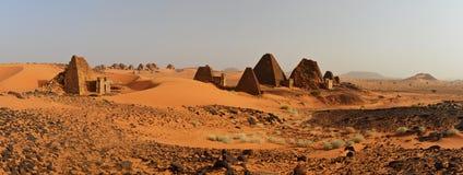 Panorama de las pirámides de Nubian en Sudán Imagenes de archivo