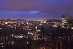 Panorama de Lieja en la noche Imágenes de archivo libres de regalías