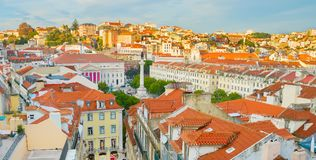 Panorama de Lisbonne du centre au coucher du soleil Photo stock