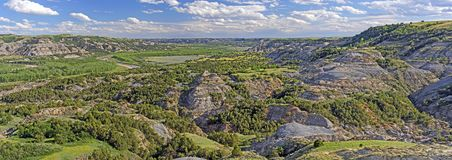 Panorama de Little Missouri River Imagens de Stock