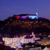 Panorama de Ljubljana en la oscuridad. Fotografía de archivo libre de regalías