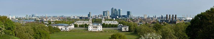 Panorama de Londres e de ilha dos cães de Greenwich Imagem de Stock Royalty Free