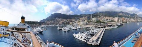 Panorama de Mónaco del barco de cruceros Foto de archivo libre de regalías