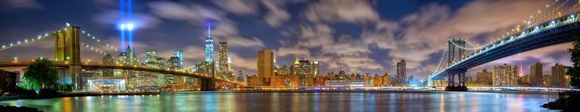 Panorama de Manhattan à la mémoire du 11 septembre Photos stock