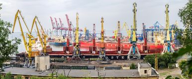 Panorama de Marine Trade Port Odessa Imagem de Stock Royalty Free