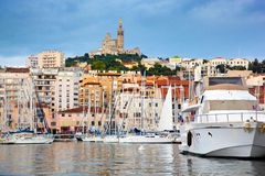 Panorama de Marseille, France, port célèbre. Photographie stock