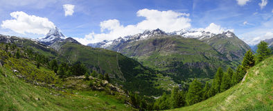 Panorama de Matterhorn, Suisse Photographie stock