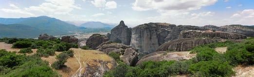 Panorama de Meteora en Grecia Imagen de archivo libre de regalías