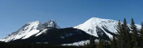 Panorama de montañas foto de archivo libre de regalías