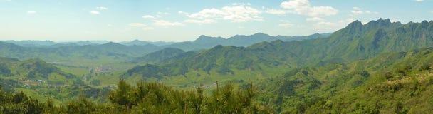 Panorama de montañas chinas Imagen de archivo libre de regalías