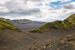 Panorama de montañas islandesas Imagenes de archivo