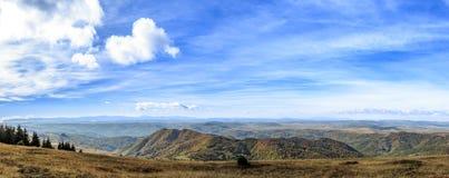 Panorama de montagne Photo stock