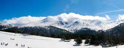 Panorama de montagne d'hiver Image stock