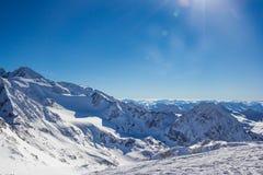 Panorama de montagne dans les Alpes de Stubai photographie stock