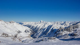 Panorama de montagne dans les Alpes de Stubai images libres de droits