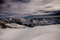 Panorama de montagnes Photo stock