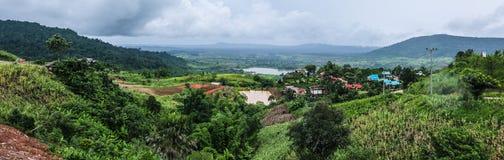 Panorama de montagnes, chez la Thaïlande Photos libres de droits