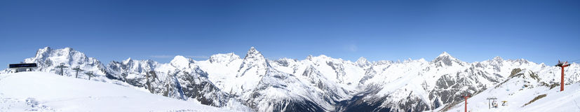 panorama de montagnes de Caucase Image stock