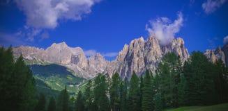 panorama de montagnes de l'Italie de dolomiti Images stock
