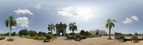 Panorama de monument de Patuxai Photographie stock