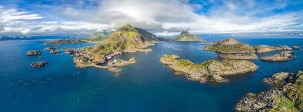 Panorama de Mortsund sur Lofoten images stock