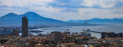 Panorama de Nápoles, Italia fotografía de archivo libre de regalías