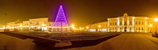Panorama de Noël de centre de ville de Koprivnica Photographie stock