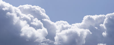 Panorama de nuages Photos libres de droits