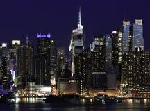Nueva York Manhattan en la noche Imagenes de archivo