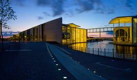 panorama de nuit de Berlin Photos libres de droits