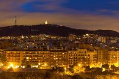 Panorama de nuit de la ville de Barcelone Espagne Image stock