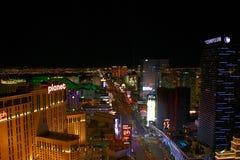 Panorama de nuit de Las Vegas Boulevard la bande Photos stock