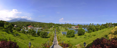 Panorama de palais de l'eau de Taman Ujung sur Bali Photo libre de droits