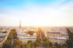 Panorama de París con la torre Eiffel, Francia fotografía de archivo