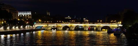 Panorama de Paris da ponte de Pont Neuf Imagem de Stock