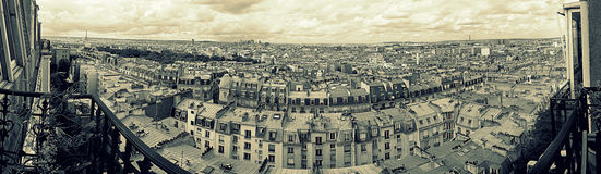 Panorama de Paris de balcon Photo stock