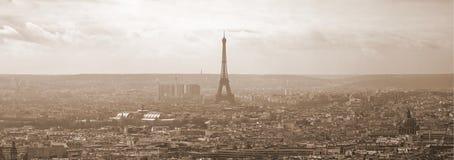 Panorama de Paris do Sepia imagens de stock