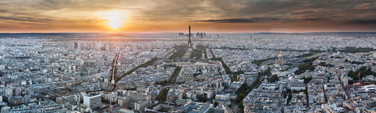 Panorama de Paris - torre Eiffel e edifícios Imagem de Stock Royalty Free