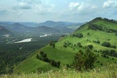 Panorama de paysage de montagne Images libres de droits